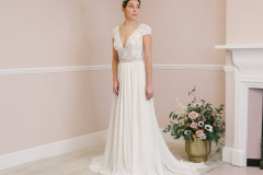 Hannah-Elizabeth-Bridal-Nostalgia-by-Amber-He-Chic-Nostaligia-Hampshire-bridal-boutique-61
