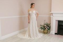 Hannah-Elizabeth-Bridal-Nostalgia-by-Amber-He-Chic-Nostaligia-Hampshire-bridal-boutique-70