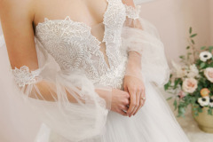 Hannah-Elizabeth-Bridal-Nostalgia-by-Amber-He-Chic-Nostaligia-Hampshire-bridal-boutique-81