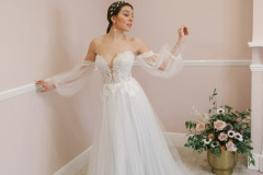 Hannah-Elizabeth-Bridal-Nostalgia-by-Amber-He-Chic-Nostaligia-Hampshire-bridal-boutique-84