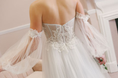 Hannah-Elizabeth-Bridal-Nostalgia-by-Amber-He-Chic-Nostaligia-Hampshire-bridal-boutique-90