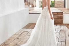 Hannah-Elizabeth-Bridal-Hampshire-bridal-Boutique-Luxury-Bridal-Boutique-Hampshire-Brides-Website-images-500