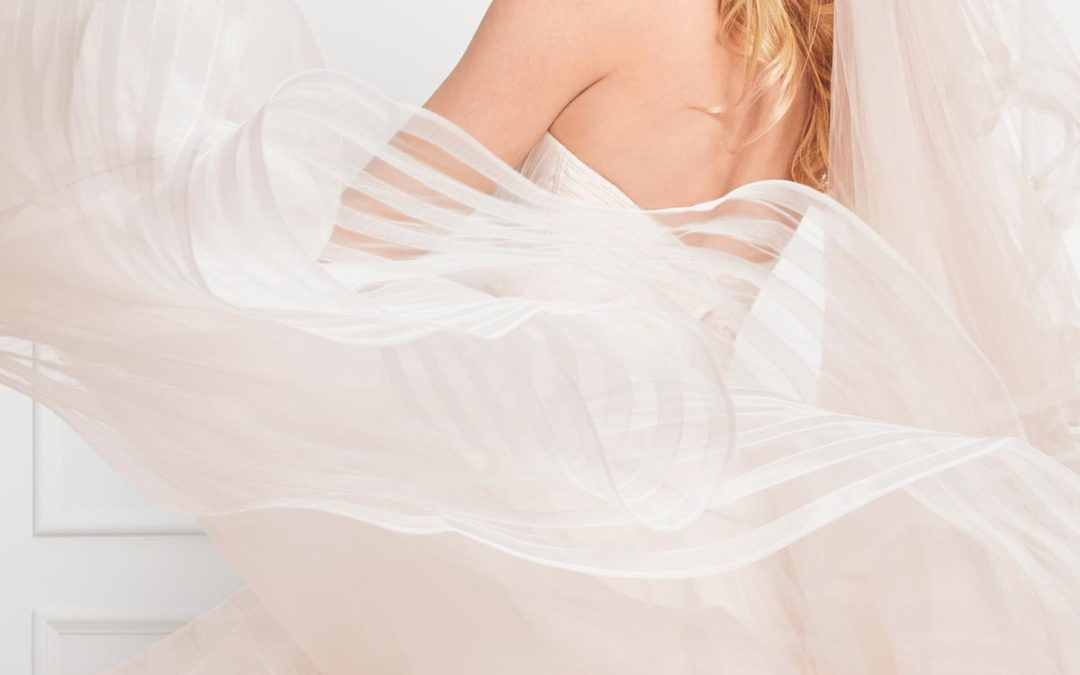 How to Win at our Bridal Sample Sales (and take home your dream wedding dress!)