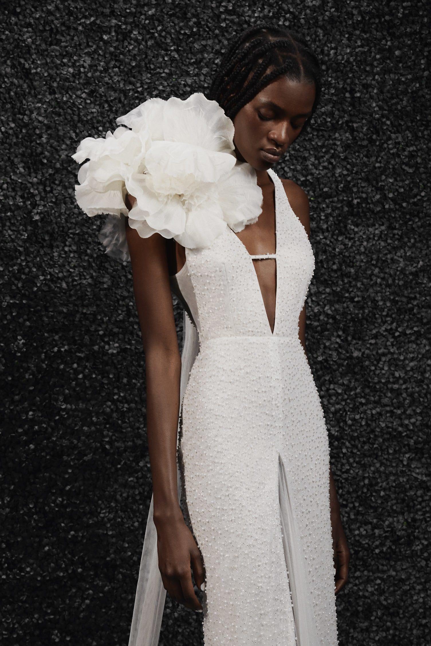 Vera Wang Bride - Pavot Flower   Hannah Elizabeth Bridal