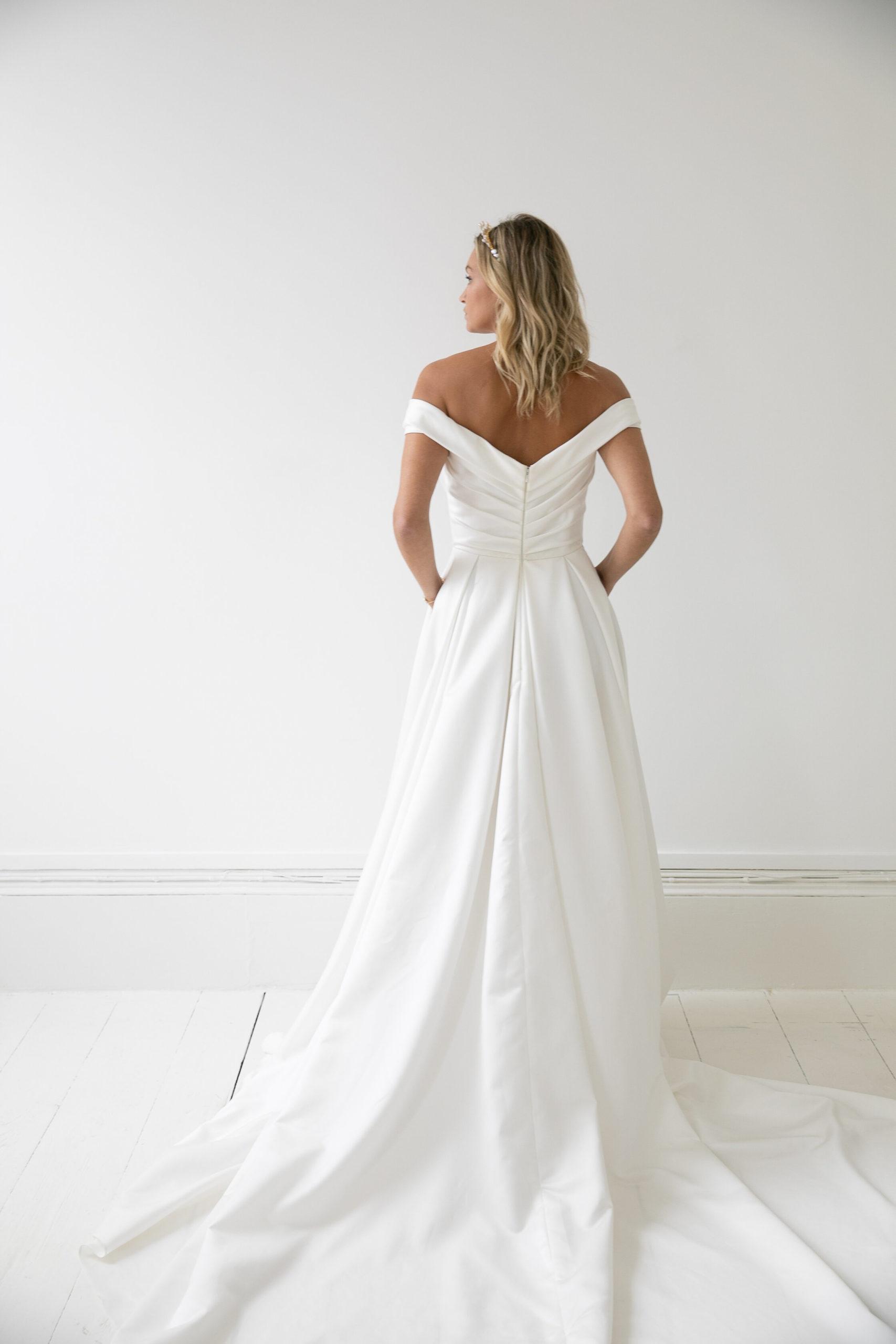 Love Story Bride, Millie   Hannah Elizabeth Bridal, Hampshire